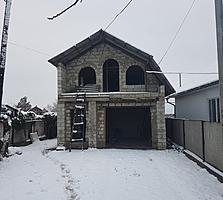 Продаю недостроенный дом в Бельцах