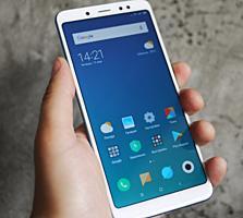 Продам новый в упаковке Сяоми Redmi Note 5 3 ГБ 32 ГБ Global Version