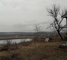 Casa in satul Roscani, Anenii Noi, 36 m/2 cu gradina pe 26 ari, iaz!