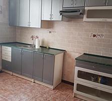 Se vinde Apartament (casa) cu doua odai complet mobilata