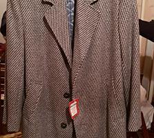 Продам новое мужское пальто!!!