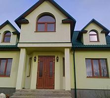 Продаем красивый новый дом с мансардой