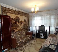 Apartament cu 3 odai, etajul 3/9, ser. MS, 70 mp, Piata Dokuceaev.
