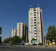 URGENT Botanica str/Independentei, H-Botev 26 m. 13000