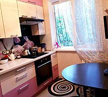 Buiucani, A. Marinescu! Apartament cu 3 camere, euroreparatie, mobila.