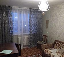 Продается однокомнатная квартира 30 кв. м. ухоженная.