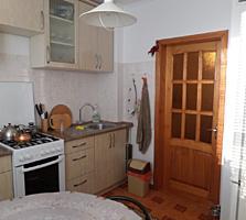 Vând apartament cu 2 odăi, seria 143, reparație Euro, Riscani.