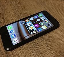 iPhone 7 128g Идеальный.