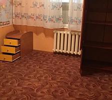 Vînzare, apartament cu 2 camere, bd. Dacia, vizavi de McDonalds.
