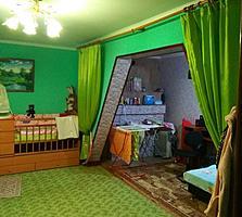 Продается хорошая 2 комнатная квартира