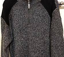 Новый мужской свитер темного цвета. Стильный и солидный. Про-во Италия
