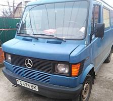 ПРОДАМ автобус Мерседес 208Д. Грузовой. 1994 года выпуска Торг уместен