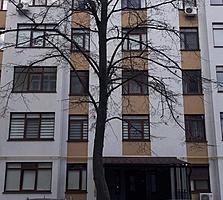 Ботаника, 2-ком., 4/10 этаж, новострой сдан, евроремонт, хороший двор.