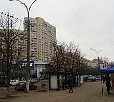 Московский, 1-комн., большая, 37 м2, хорошее жилое состояние!