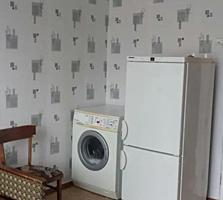 Cameră în cămin cu comoditati, etajul 4 din 5, de mijloc 19 m2, 12800E