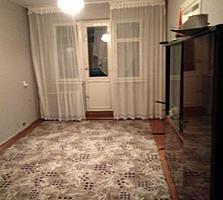 Botanica, Dacia. Apartament cu 2 odai, etajul 2/5, reparatie cosmetica