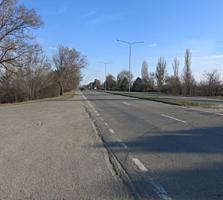 Eșirea din Chișinău în direcția Aeroport. În vecinătate cu METRO.