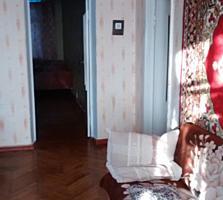 Продается 3-х комнатная квартира 20000 у. е. Торг. Р-н ул. Правды