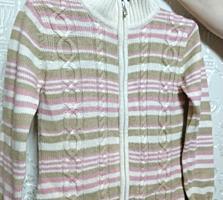Женский новый свитер. Произ-во: Италия. Практичный и стильный. Размер44-46