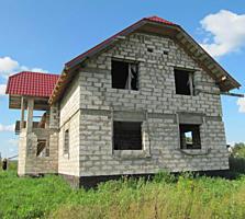 Продам двухэтажный дом, недостроенный. с. Выхвантинцы