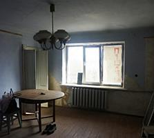 Продам 2-х комнатную квартиру под ремонт в Тирасполе на Мечникова!