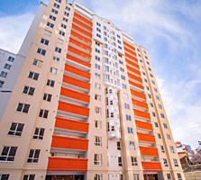 Продам 2-х комнатную квартиру в центре Кишинева