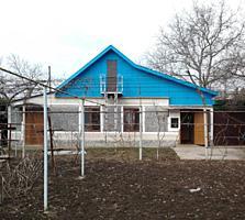 Продаётся дом в посёлке Красное с участком 9 соток 12000 $