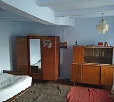 Продам дом в Чобручах недорого