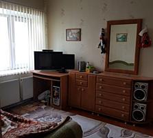 Два дома в одном дворе + жилая времянка, продам или обмен на квартиры.