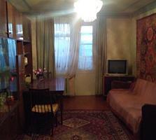 Бендеры Шелковый 3-комн. квартира 4/5 64/46/7 балкон 3 м2 под ремонт.