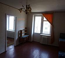 Продаётся 4 комнатная квартира. Кр. Казармы торг. 10603194