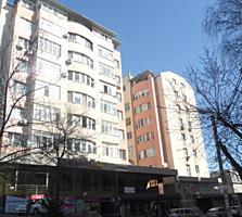 Apartament cu 3 odai, 110 m2, autonoma, bucatarie 30m2 + garag 24 m2.