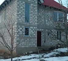 Дом-новый сектор, в 100 м от марш., Индивидуальный-современный проект