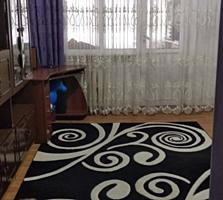 Apartament cu 1 camera de tip GARSONIERA cu conditii si balcon.