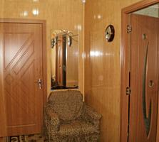 Se vinde un apartament cu 2 camere. Leova. Etajul 4, 2 balcoane. Garaj