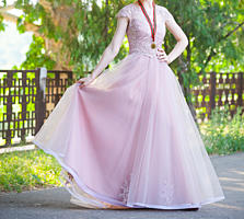 Продам/сдам в прокат выпускное платье. Состояние 10 из 10