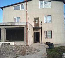 Срочно 2-этаж. дом на Кировском, р-он Бани, 174м, подвал120м, 70000$