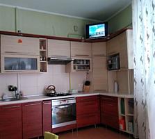 Продам двухкомнатную квартиру на Буюканах.