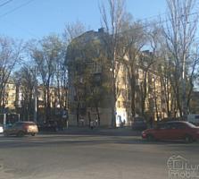 A. Russo! Apartament cu o odaie, în inima sectorului Riscani!