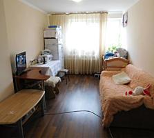 Cameră în cămin 21,3 m. p., bucătărie, viceu, etaj 3/din9,reparație!