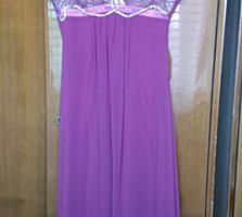 Платья 100 лей, размер М.