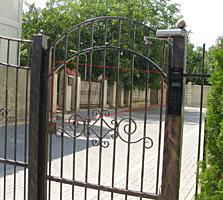 Часть дома с участком, Буюканы, ул. Парис / se vinde o partea casei