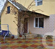 Vînzare casă, 2 niv., 102 m, reparație cosmetică, mobilată, gazificat.