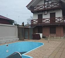 Дом в самом центре ул. Луначарского 2 эт. с бассейном 165000$