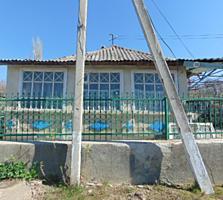 Casa in Orhei, cu incalzire autonoma, canalizare, beci, garaj etc.