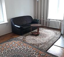 Telecentru, apartament cu 1 camera. Reparatie Euro, termopane, parchet.