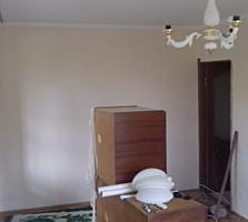 2-комнатная квартира, 2 этаж. Ботаника