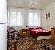 Комната в квартире на Пушкина. Сталинка.