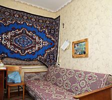 Двушка Бородинка, первый этаж, автономка+капитальный гараж, 12 000$