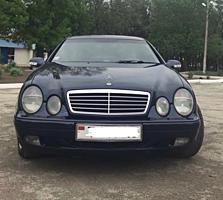 Продам Mercedes CLK320